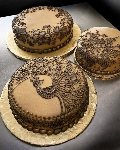 Filigree Designs for Cakes http://designmuse.typepad.com/design-muse/2011/01/i-like-how-these-cool-intricate-filigree-patterns-have-been-added-to-these-products.html